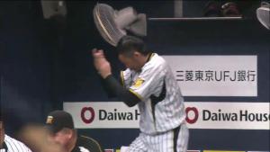 岩田が喜ぶ大阪ドーム