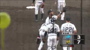 140920 阪神 勝利のハイタッチ