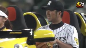 藤川球児 18 リリーフカー